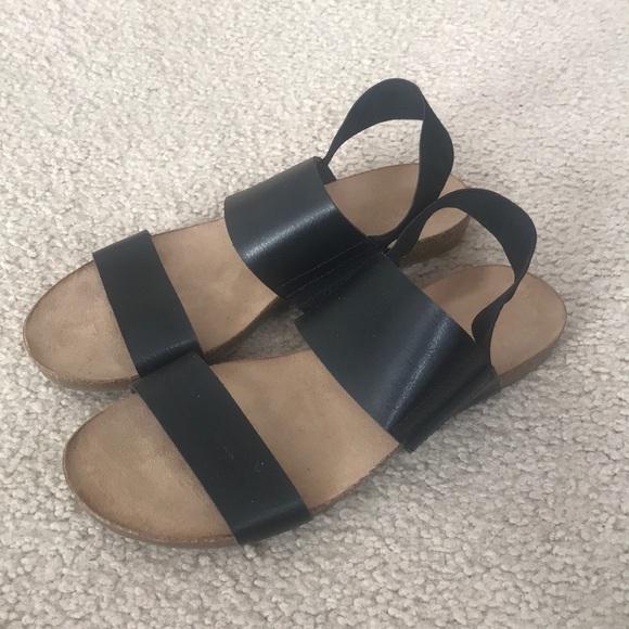 df1c1fecf81 NWOT target sandals. M 5c780dc39fe48601671acfef